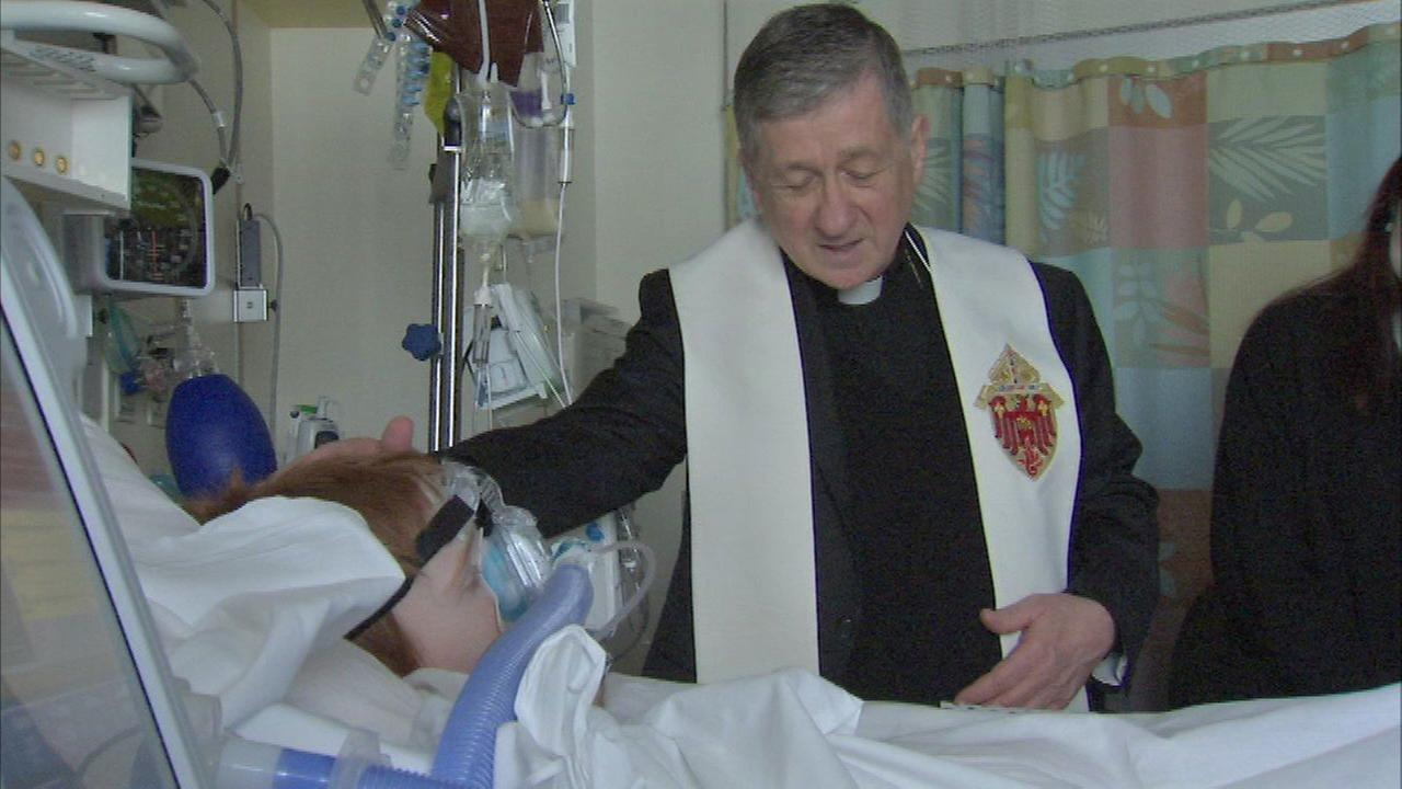Archbishop Cupich brings Christmas cheer to kids at Lurie Hospital