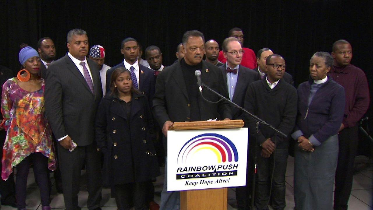 Rev. Jesse Jackson tells lawmakers to talk Chicago cop shootings
