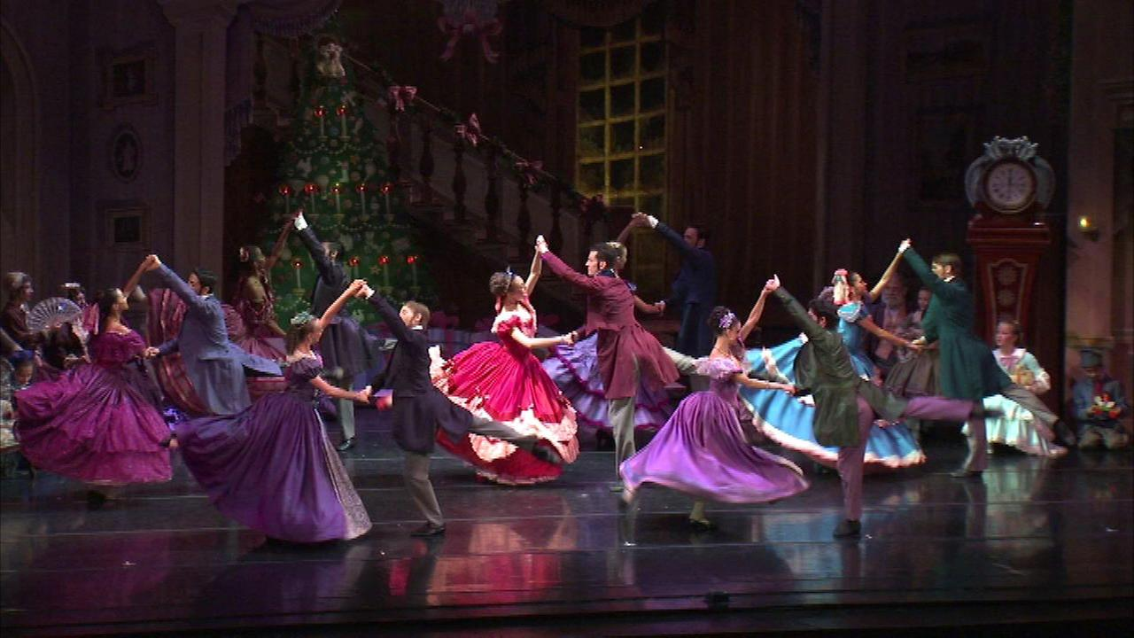 "Joffrey's ""The Nutcracker"" has final show on Sunday"