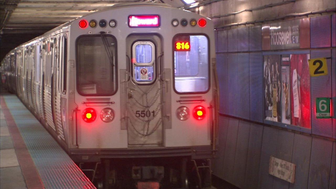 Revelers ringing in the new year in Chicago will be able to ride the bus and train for free.