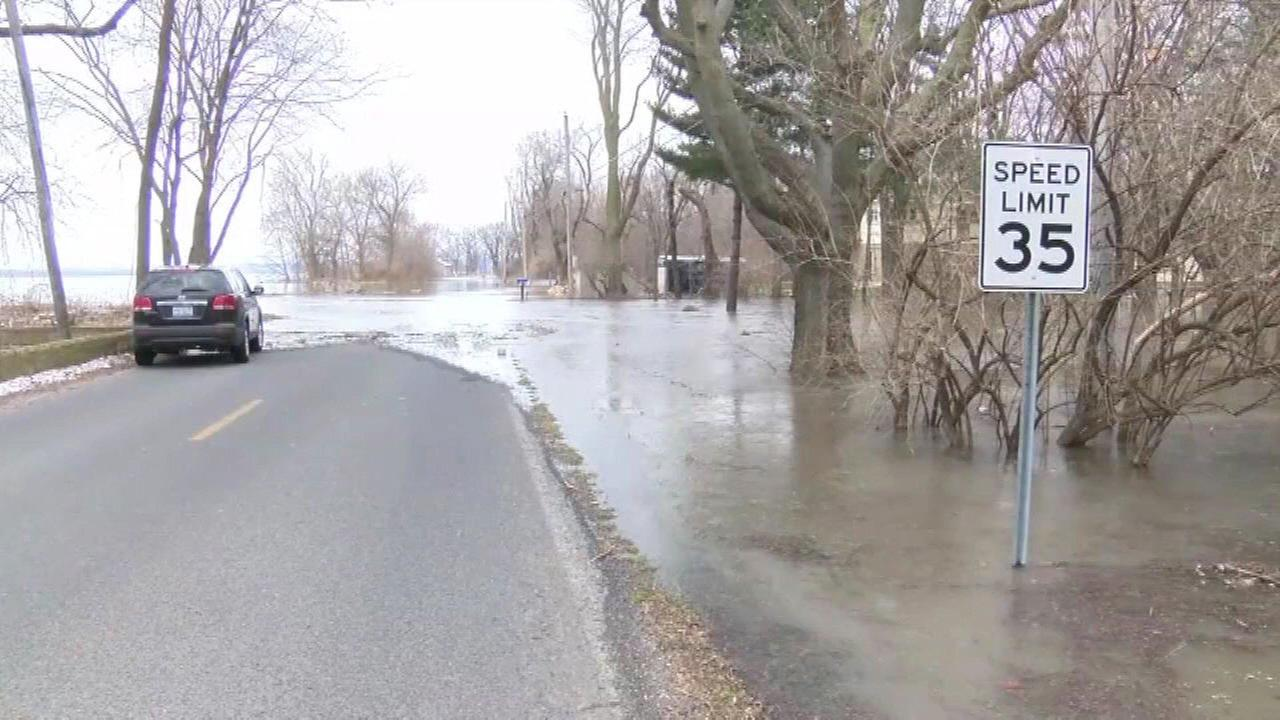 Rauner to tour more flooded areas; Illinois National Guard on standby