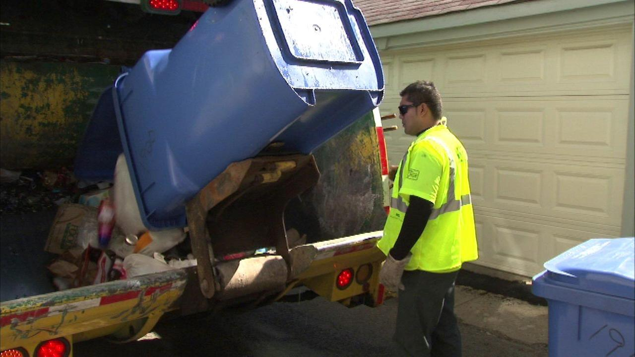 City: No plastic bags in blue recycling bins