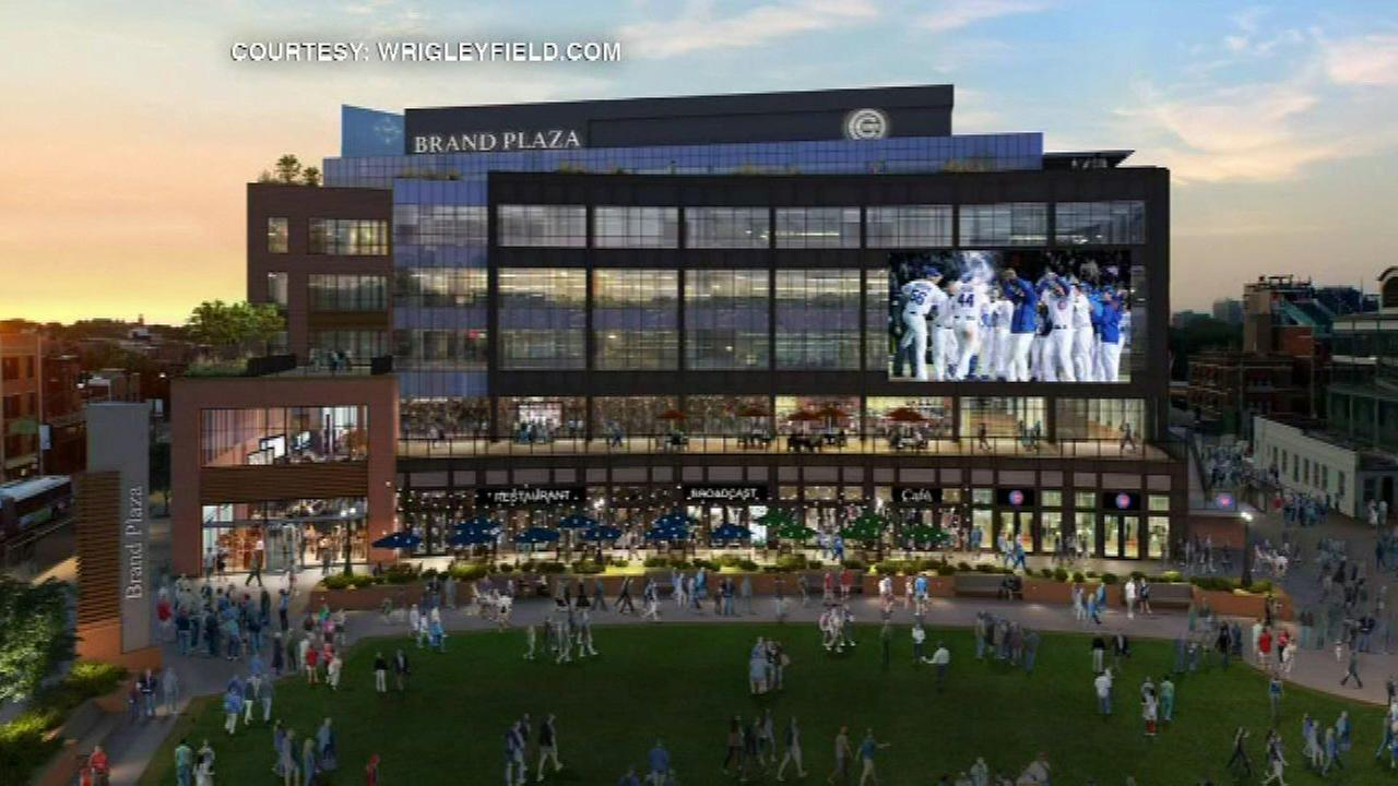 City Council committee approves Wrigley Field plaza plan