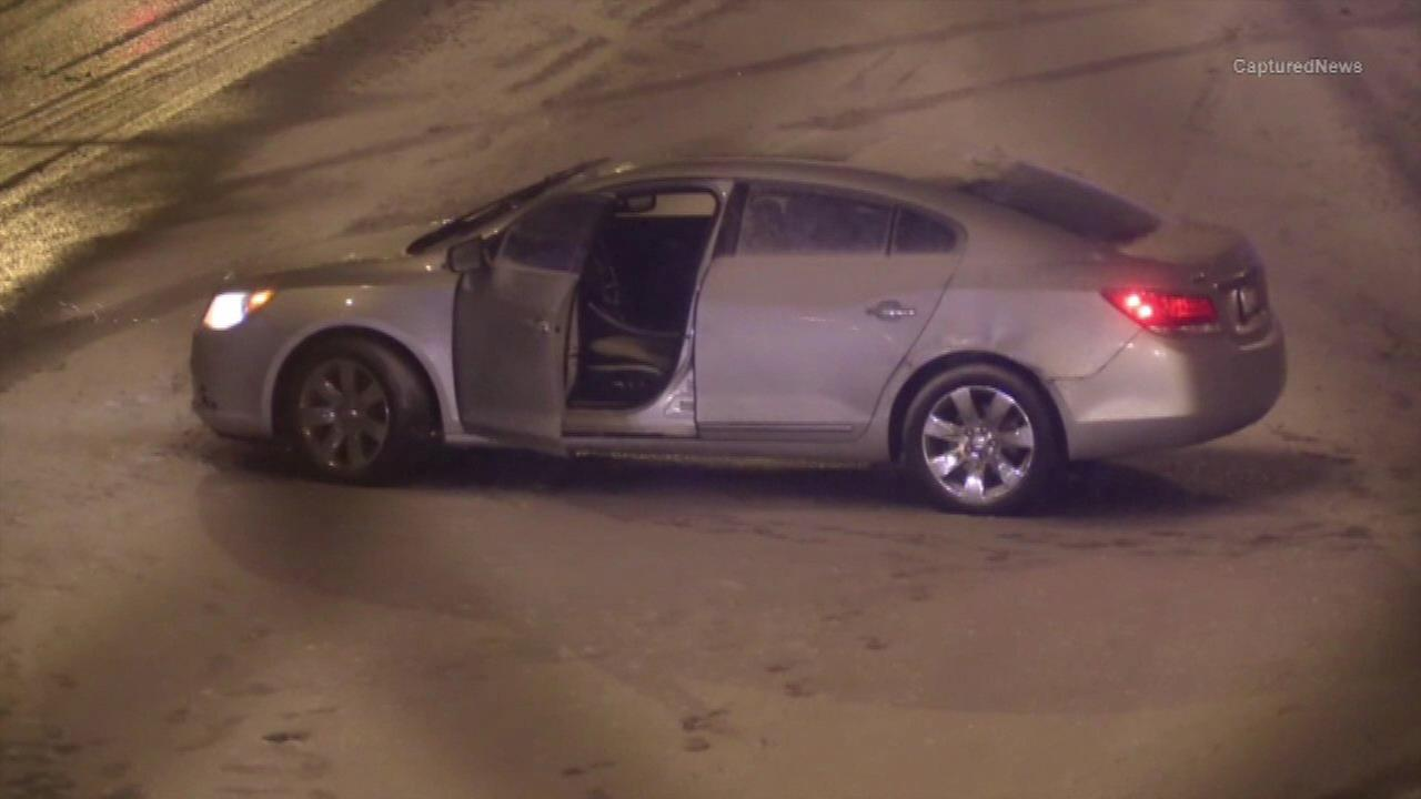 A hit-and-run crash investigation shut down the inbound Eisenhower Expressway near Lavergne Avenue for more than an hour overnight.