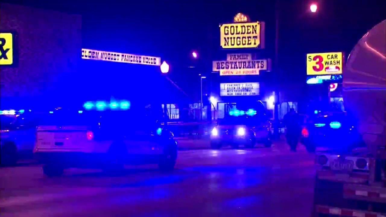 Man, 29, fatally shot outside Irving Park restaurant