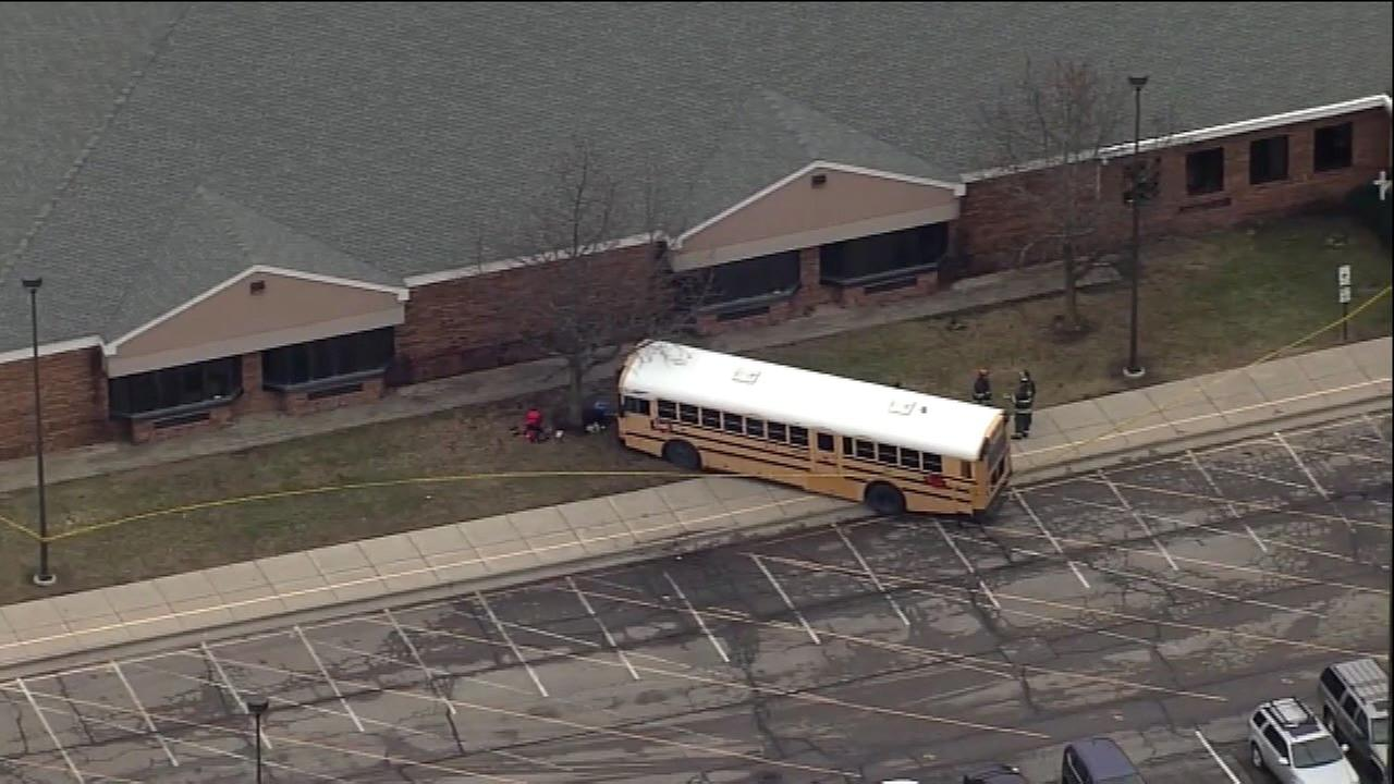 Principal killed by school bus pushed 6 to 10 students out of bus' path