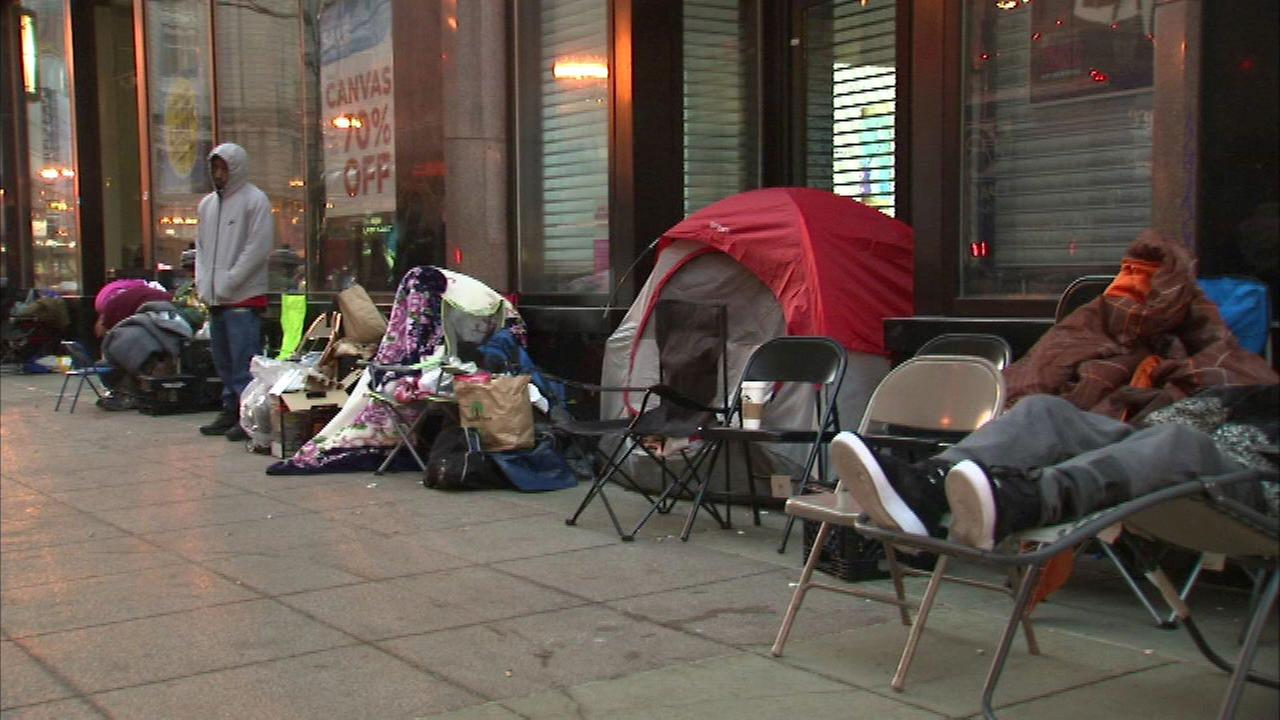 Michael Jordan hasnt played in the NBA for more than a decade, but fans are still lining up for his sneakers.