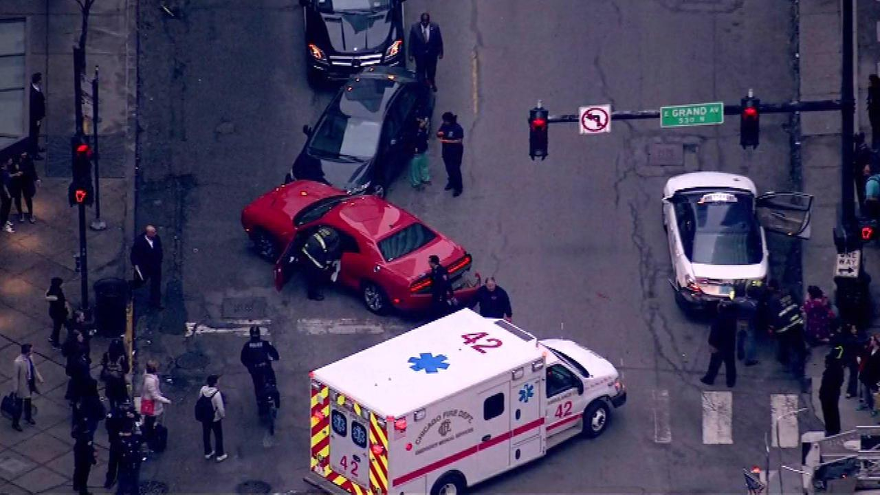 Police pursuit ends in crash on Near North Side
