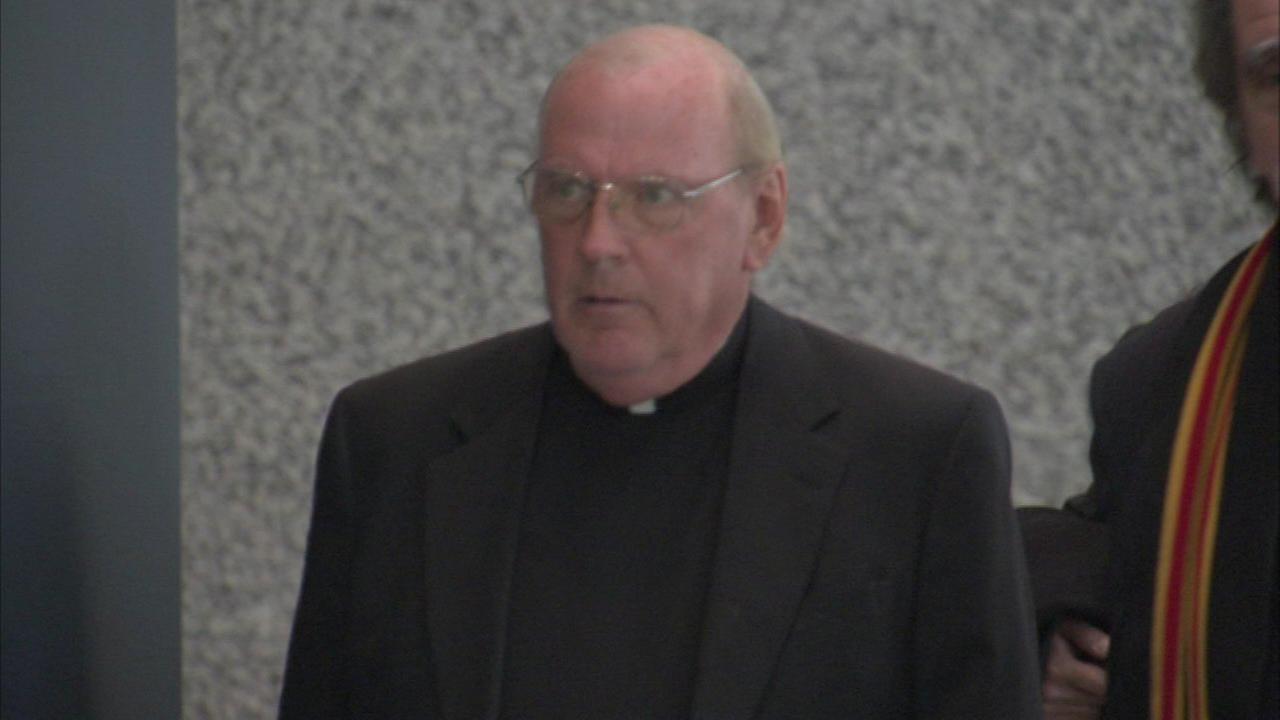 Priest avoids jail time in case of mob violin