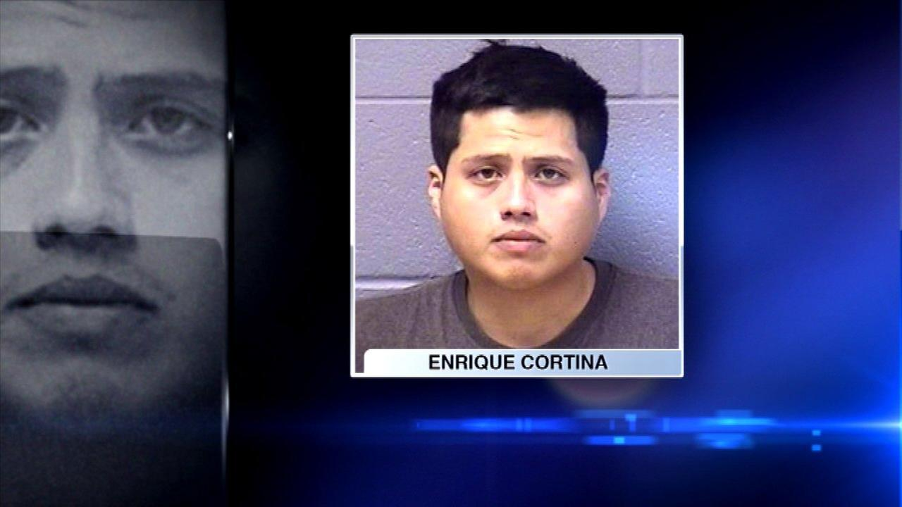 Joliet mall cop accused of videotaping girl in bathroom