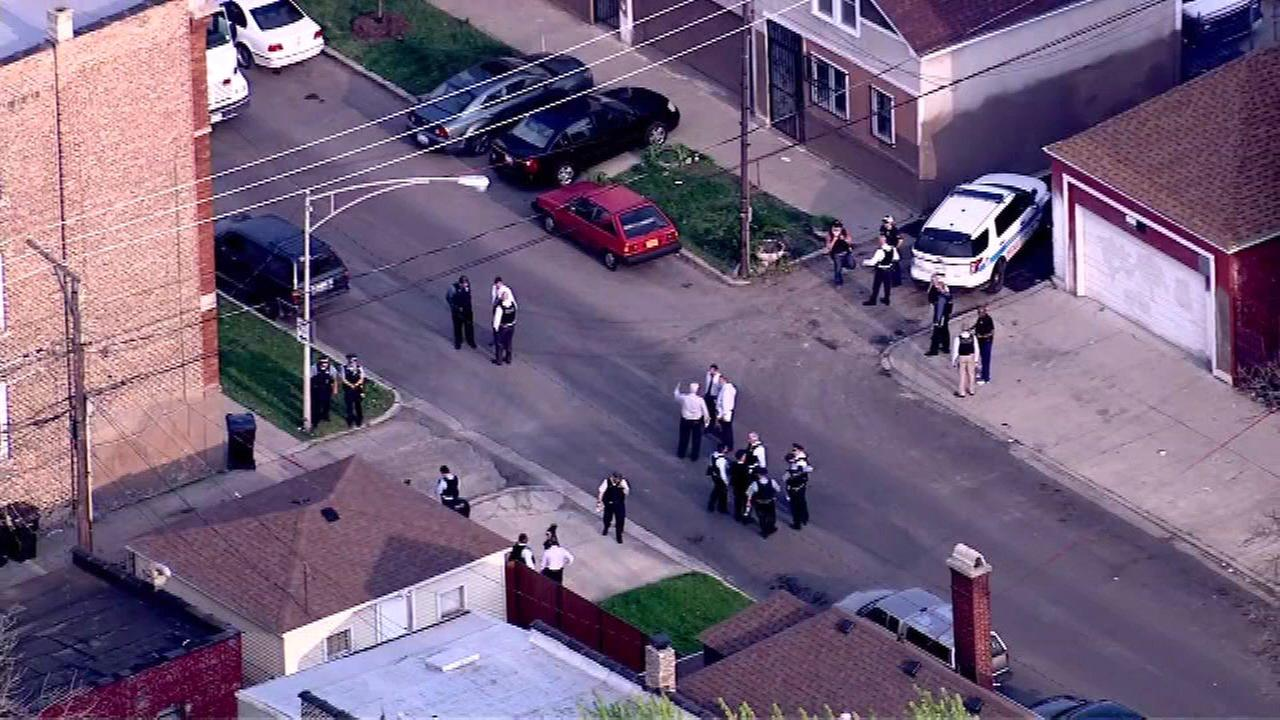 16-year-old boy dead, 18-year-old man injured in Englewood shooting