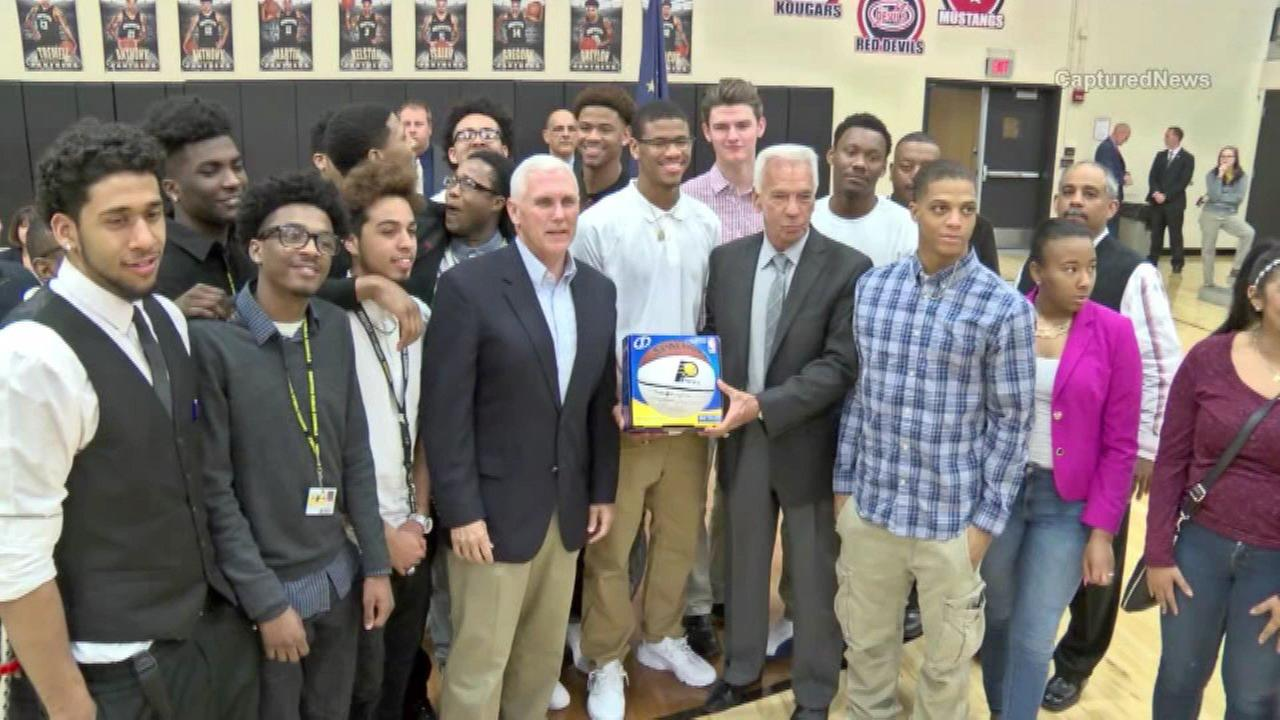 Indiana governor honors Griffith High School basketball team