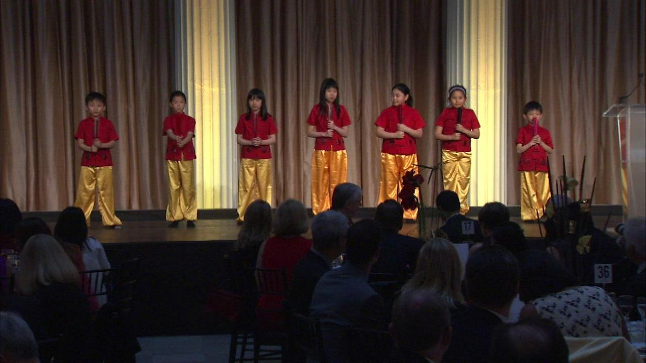 The Chinese American Service League held its annual dinner gala at the Field Museum.