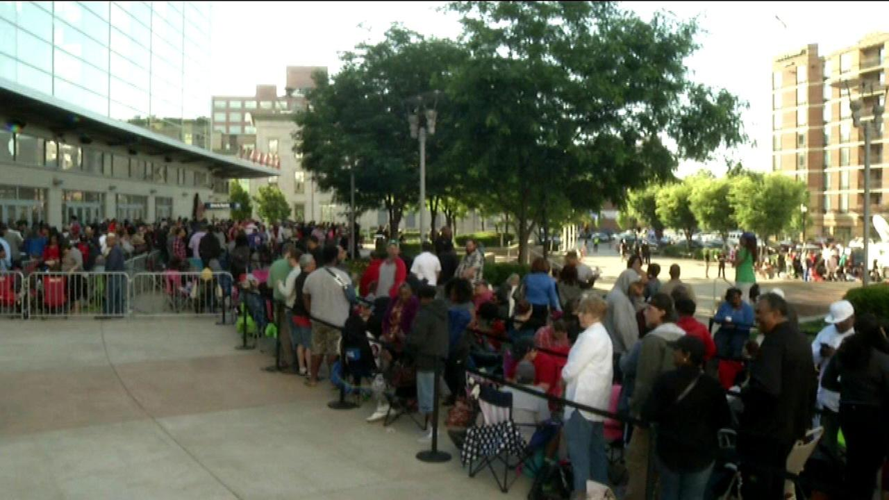 People lined up all night in Louisville just for a shot at free tickets to Fridays Muhammad Ali memorial service.