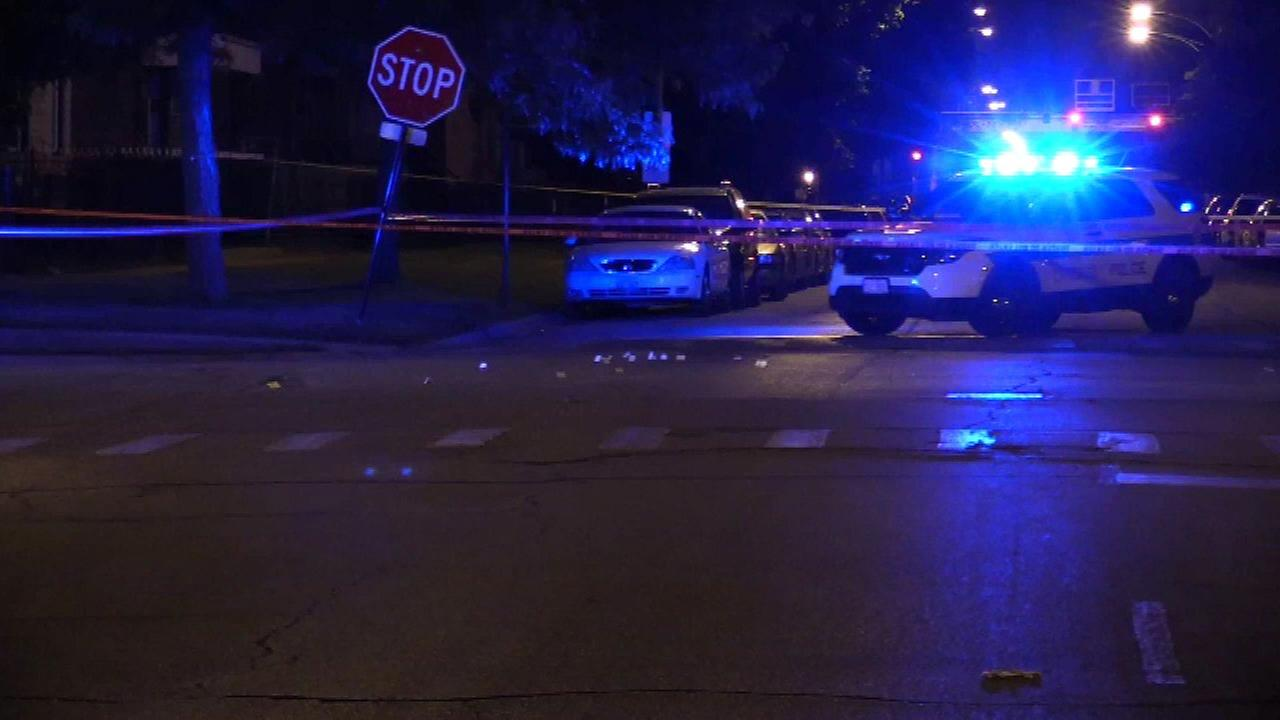 Man shot while driving in Washington Park