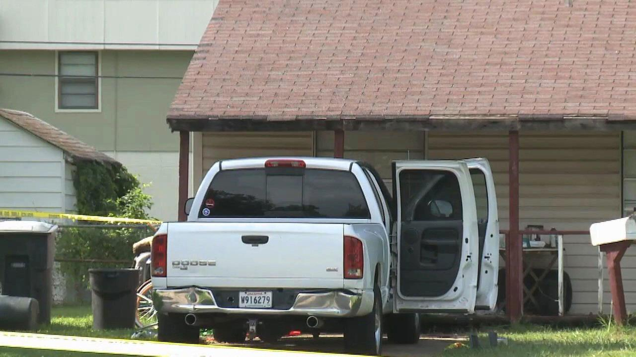 Toddler twins die in hot truck in Louisiana