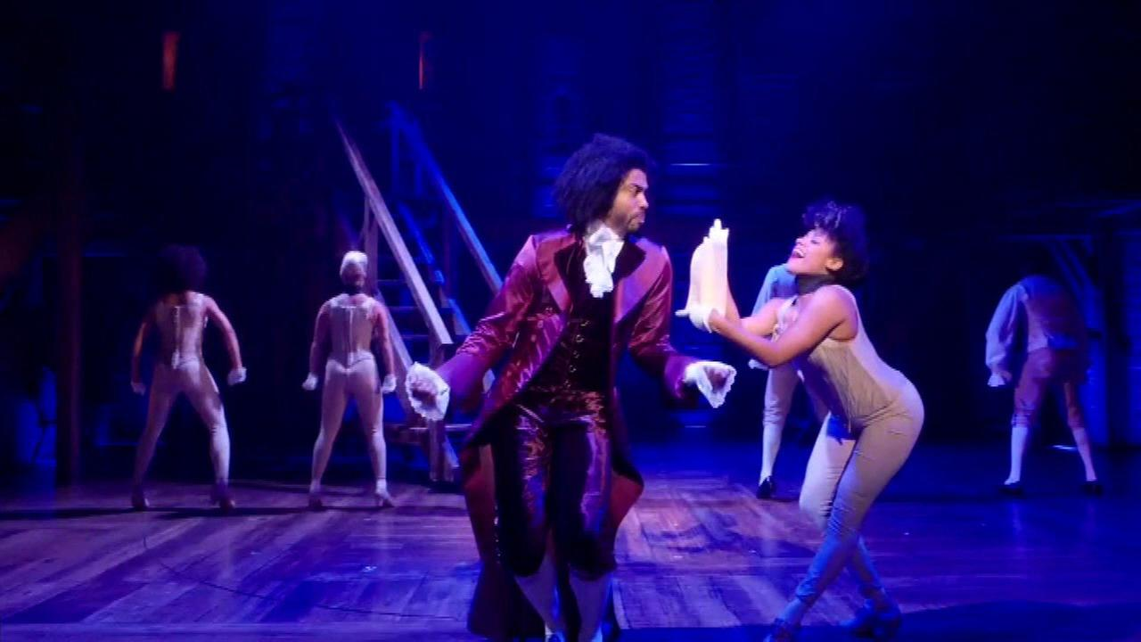 Grant allows Chicago youth to see Hamilton for $10