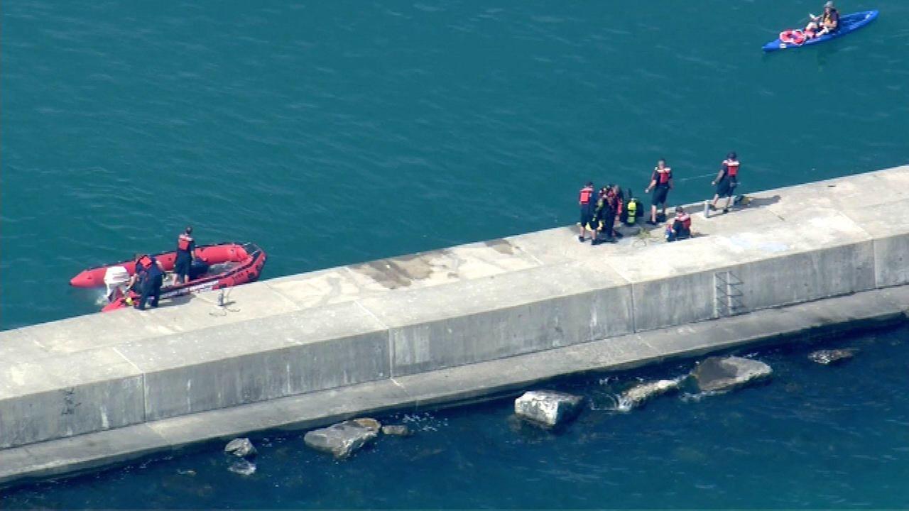 Teen's body recovered from Lake Michigan near Waukegan