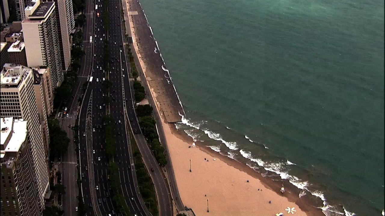 NWS warns of dangerous swimming conditions on Lake Michigan
