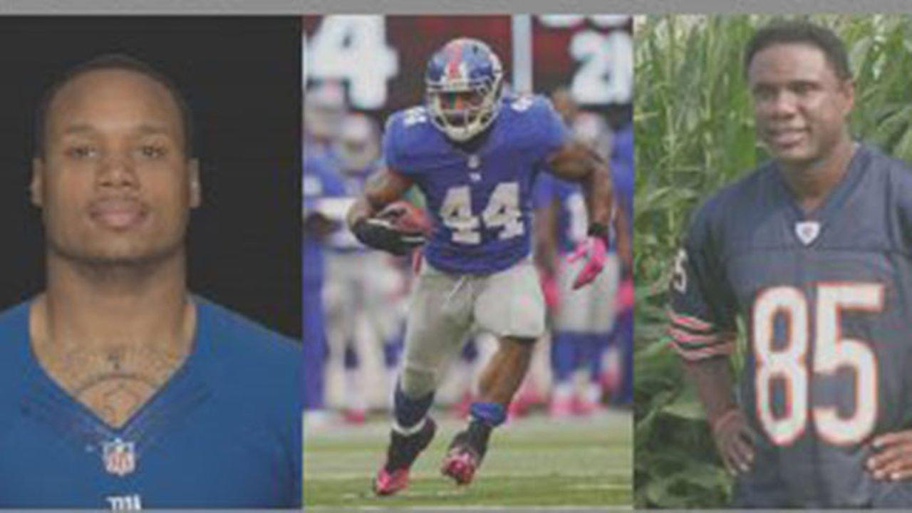 Super Bowl champs host Chicago area football camps