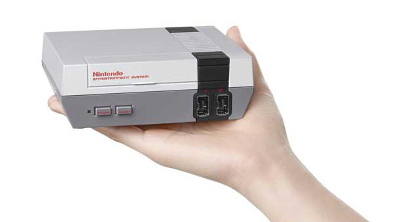 Nintendo to release mini version of classic gaming system