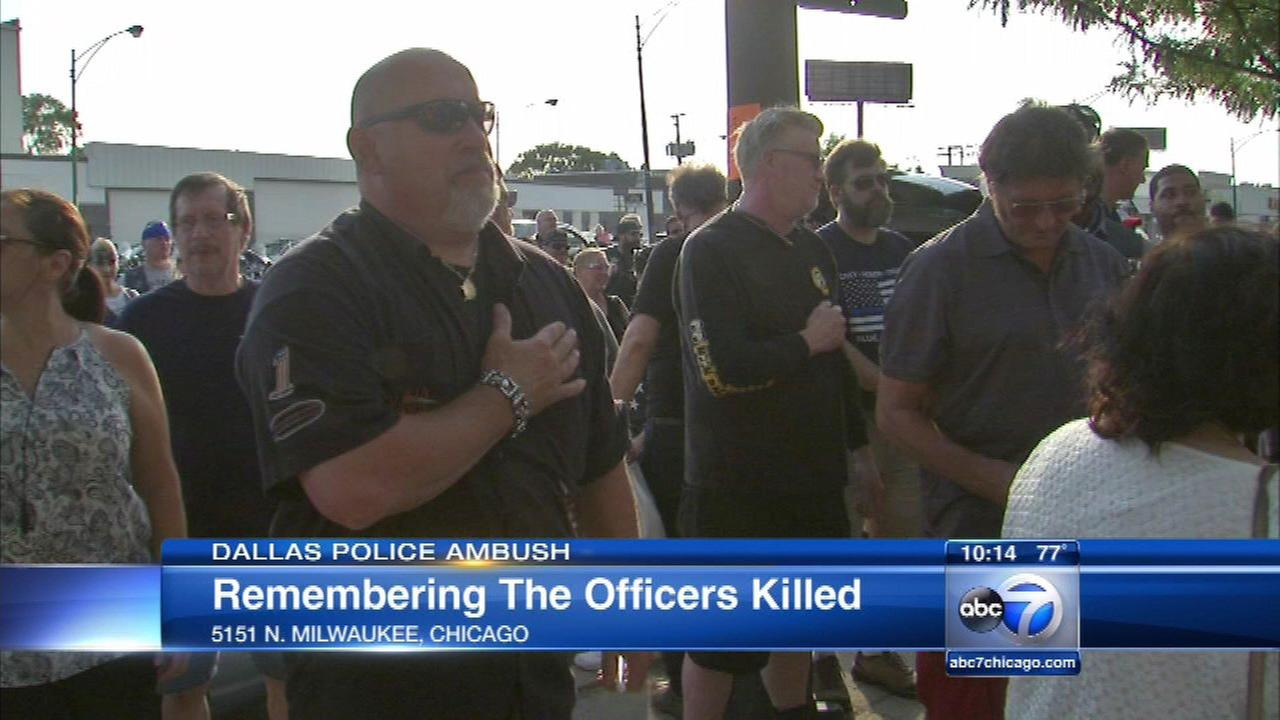 One week after Dallas officers killed, CPD holds vigil