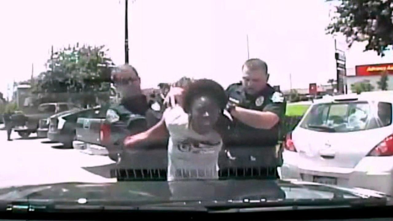 Texas officer under investigation after violent arrest of teacher