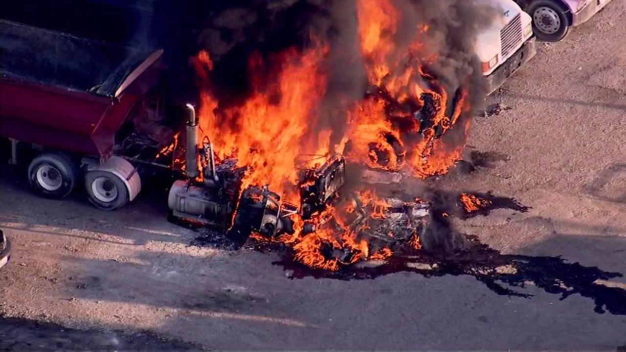 A dump truck caught fire Tuesday morning and quickly spread to two other truck on Chicagos West Side.