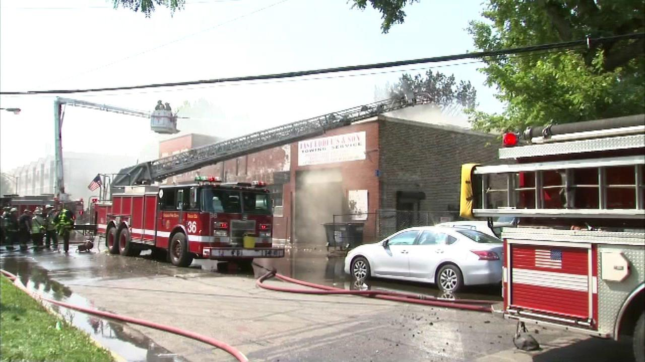 Towing business destroyed in North Lawndale fire