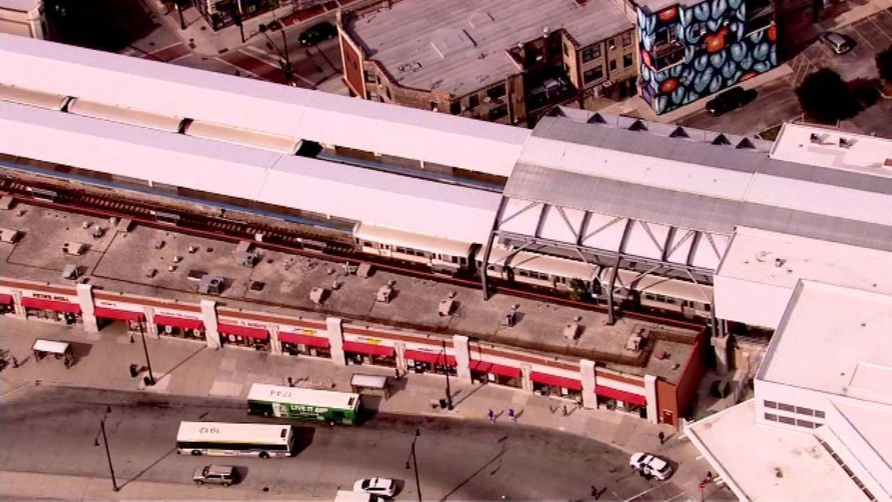 CPD warns Red Line riders of armed robberies