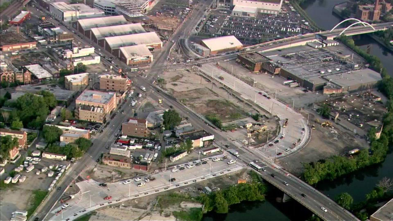 Newly opened lanes help alleviate traffic at Bucktown intersection