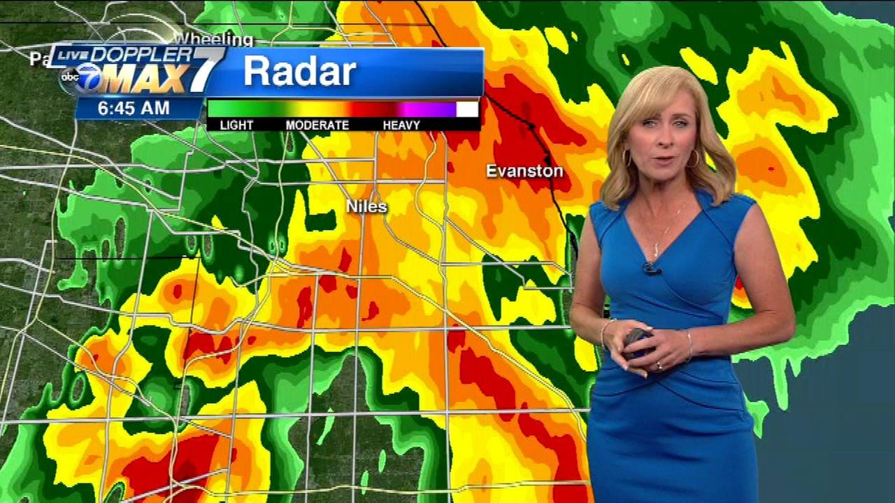 Chicago Weather: Storms cause flooding on Edens, flight delays at O'Hare, Midway