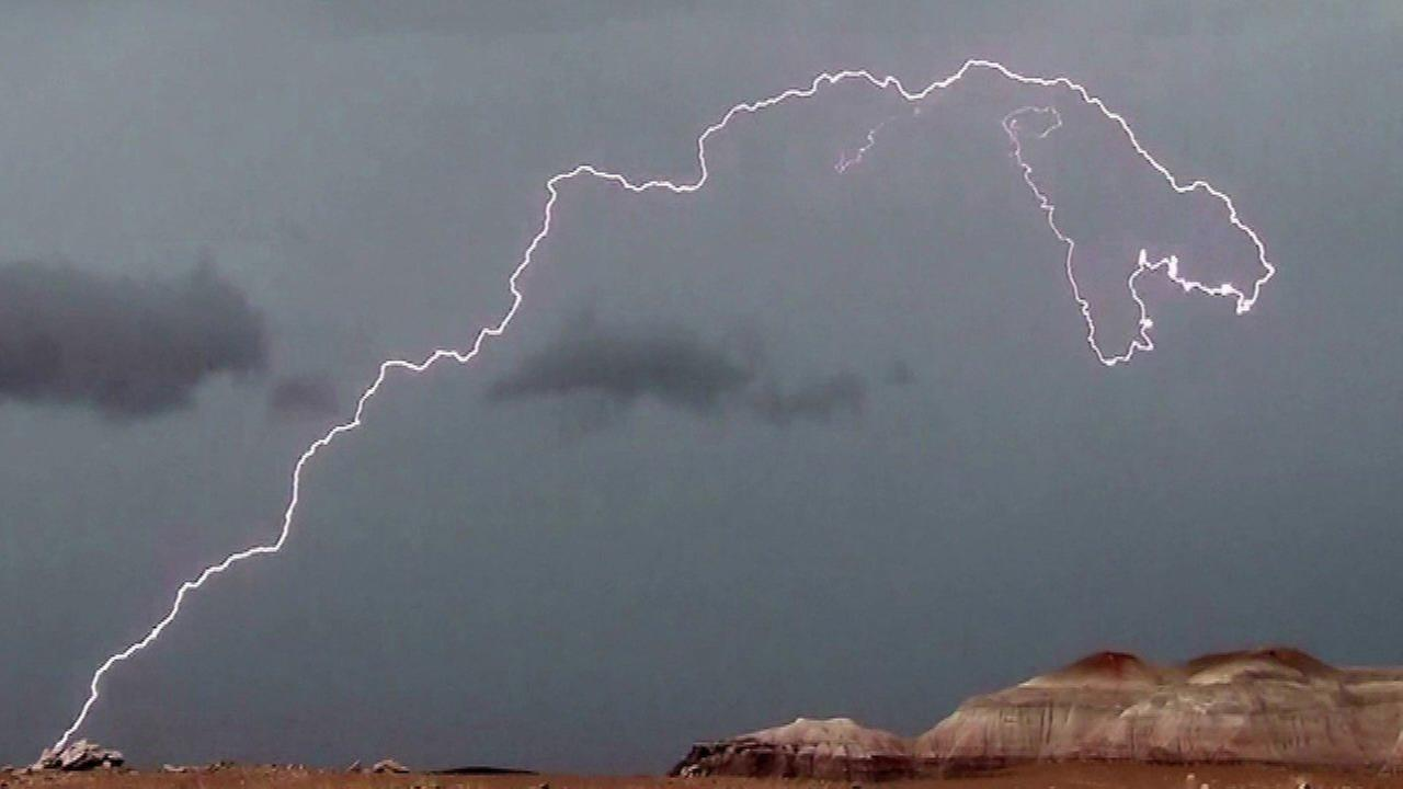 Lightning strike in Arizona national park resembles T-Rex