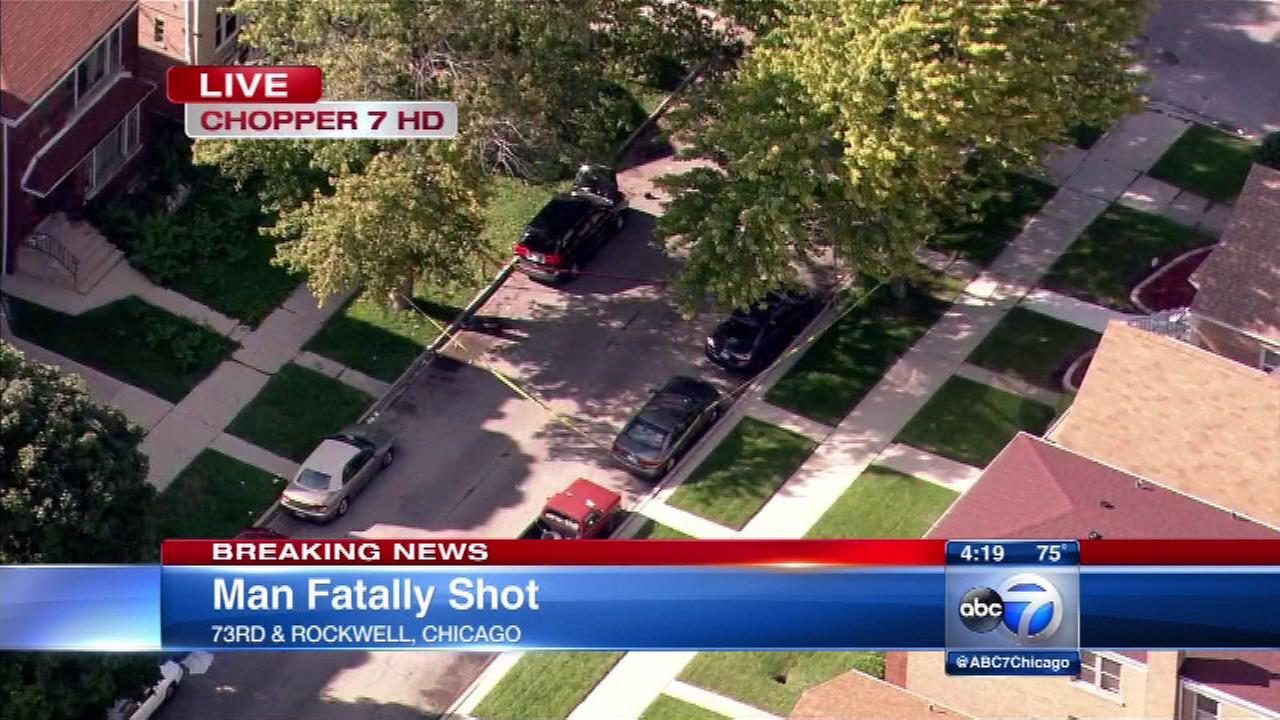 Man, 33, fatally shot in Marquette Park, police say
