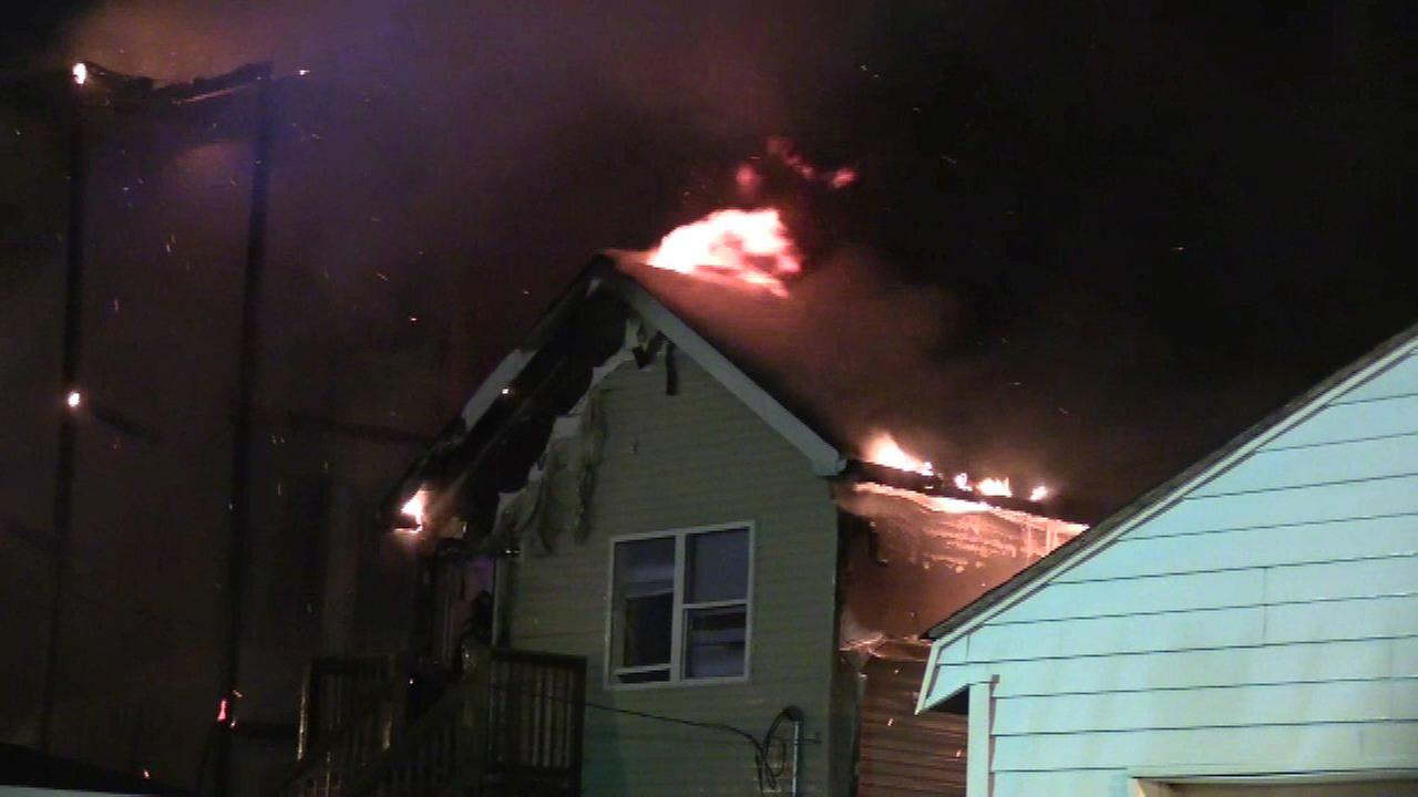Fire in vacant building spreads to Lawndale home; 10 displaced