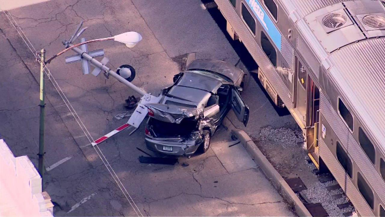 A Metra Electric train struck a vehicle on Chicagos South Side Tuesday morning.