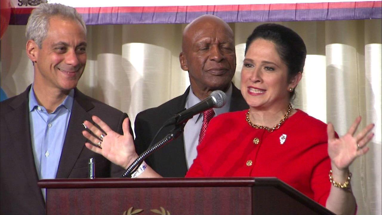 Susana Mendoza wins Illinois comptroller race