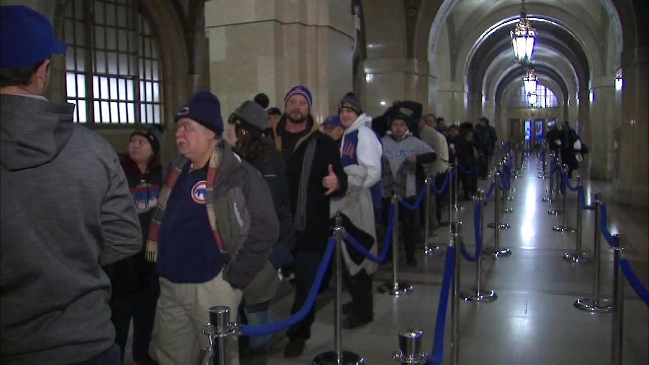 World Series trophy stops at City Hall; Chicago Cubs fans should dress warmly