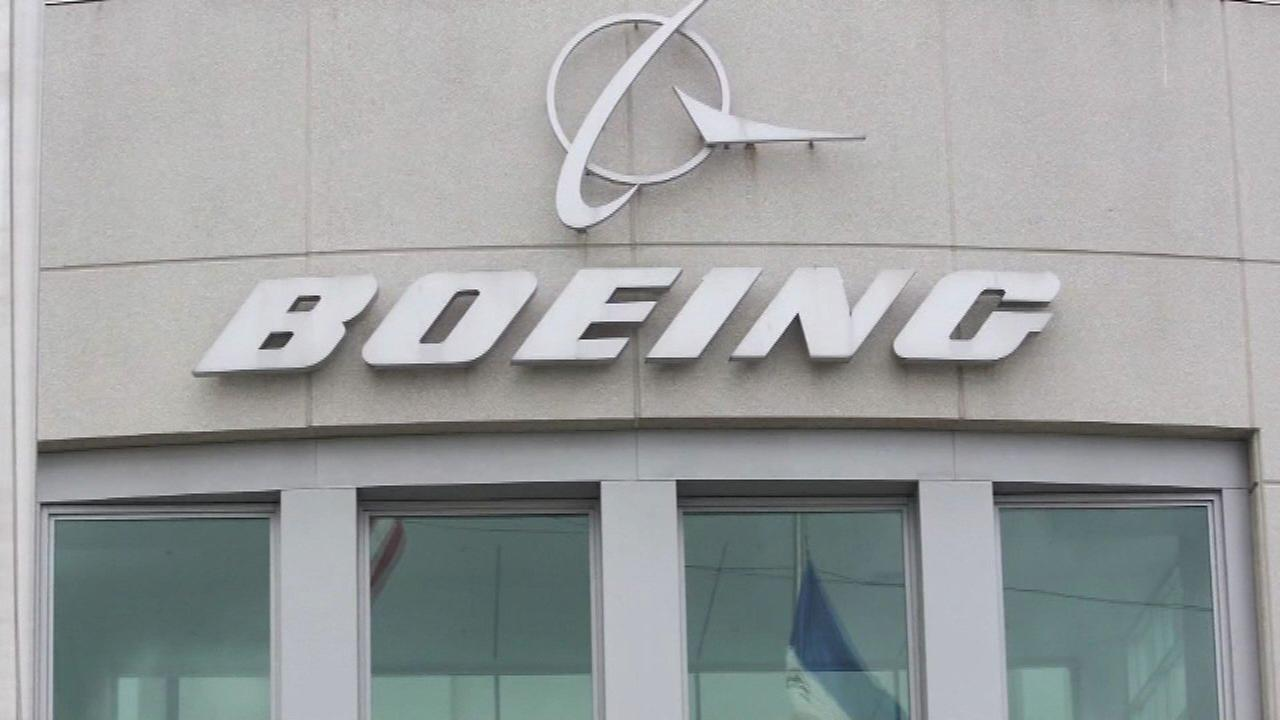 Boeing, GM, others issue pink slips before holidays