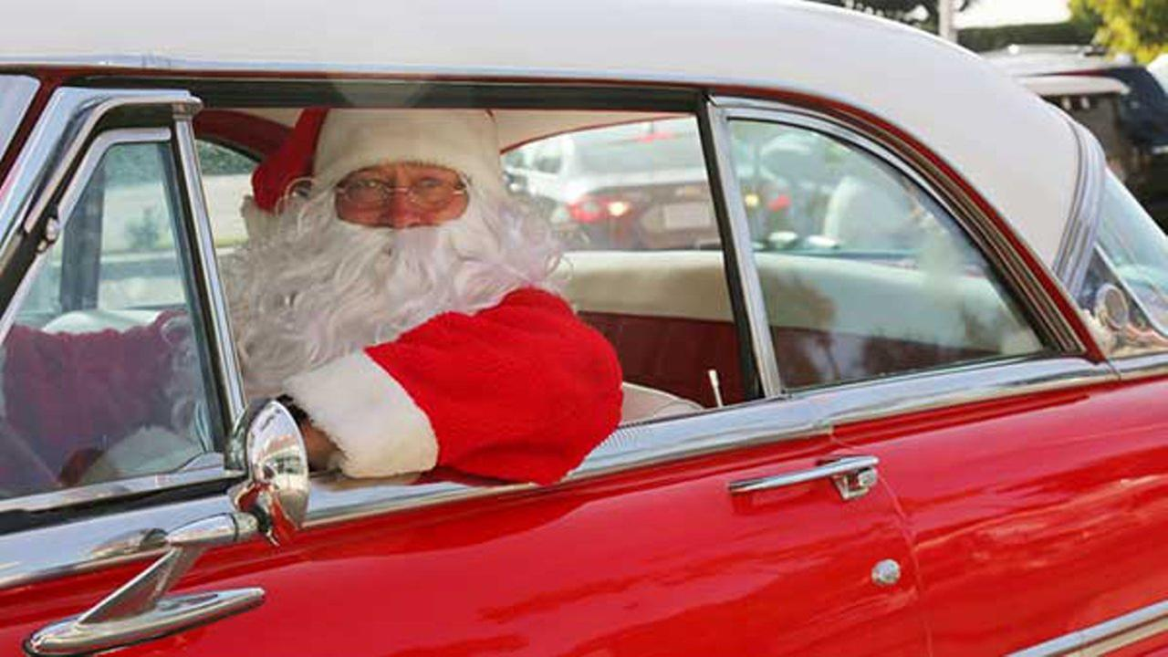 Santa gets pulled over by Virginia police