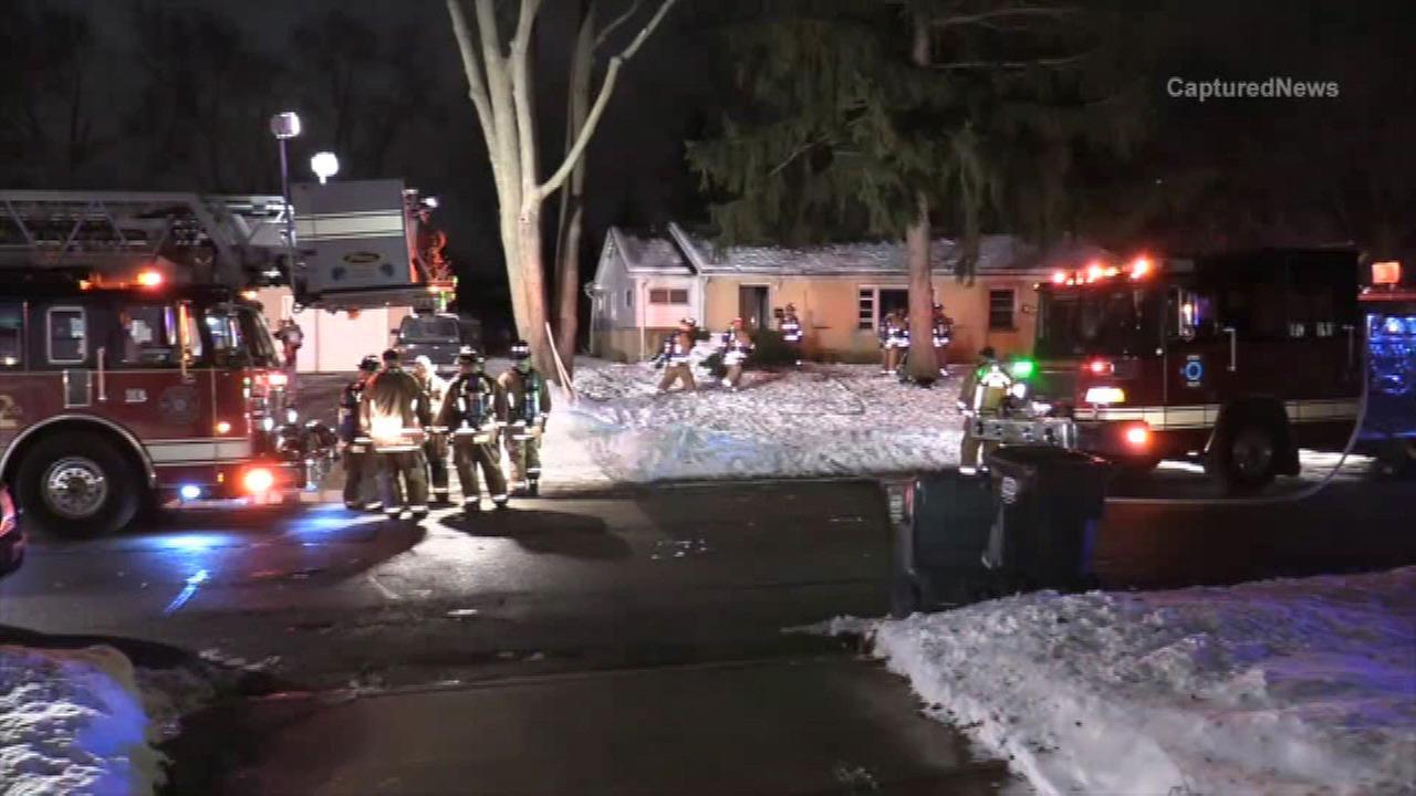 Man dies after Hoffman Estates house fire
