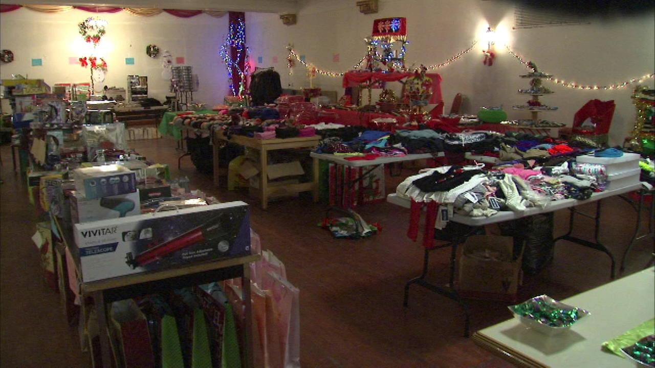 Englewood charity in need of Christmas gifts for teens | abc7chicago.com