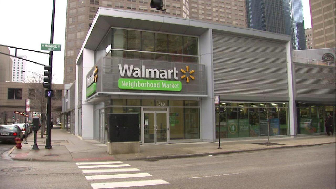 Walmart shutters West Loop store