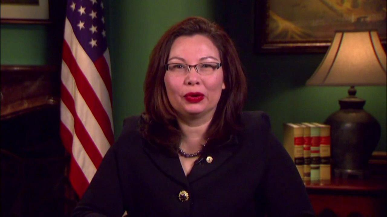 Sen. Duckworth meets with Cubs Board Member Todd Ricketts