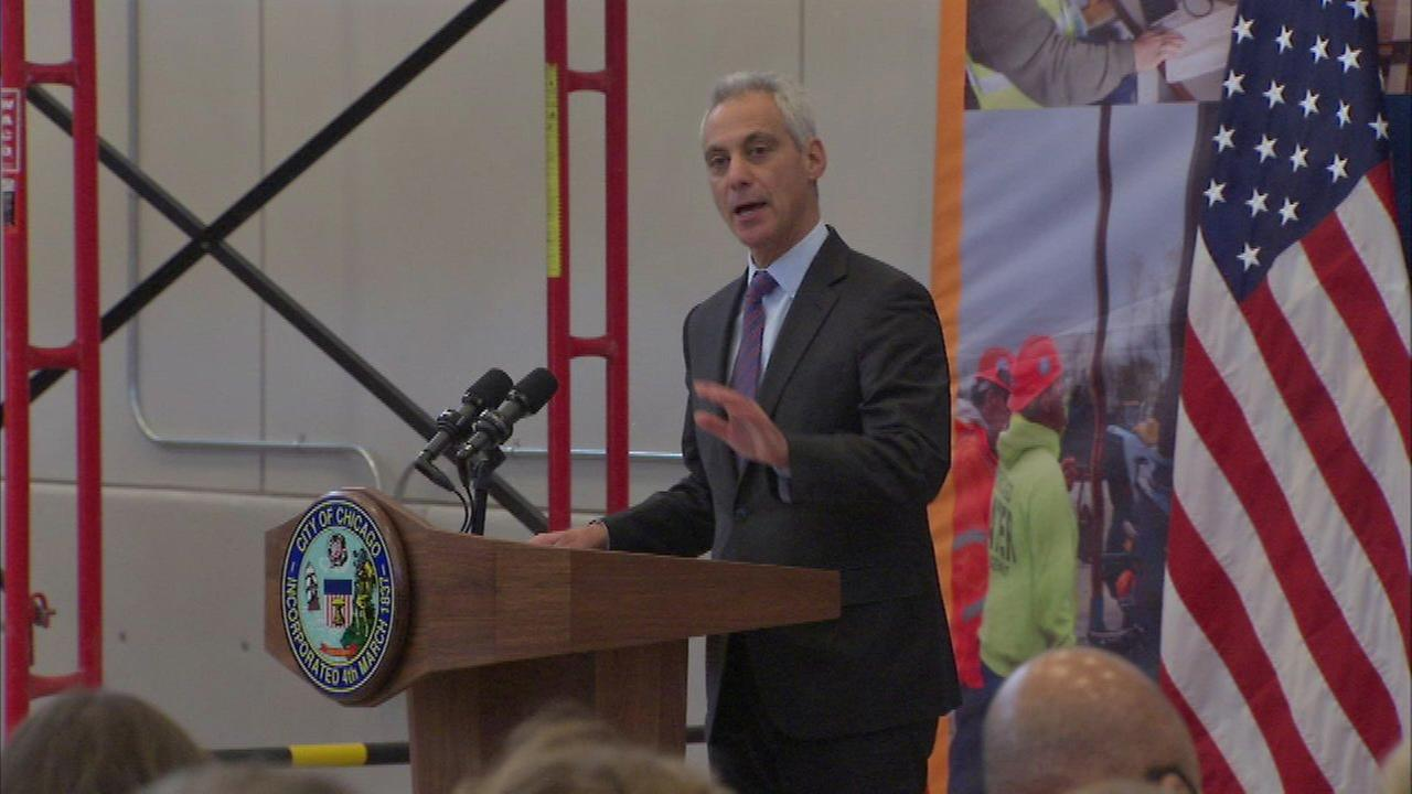 Emanuel talks crime, transportation, infrastructure in Washington