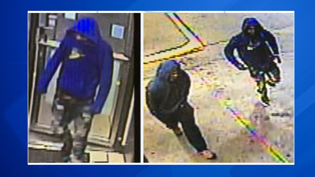Photos captured on scene from an armed robbery in Oak Lawn.