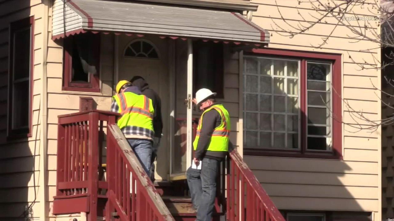 Carbon monoxide leak sends 5 to hospital