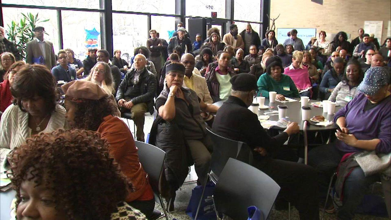 Obama Presidential Library officials get feedback from Woodlawn community