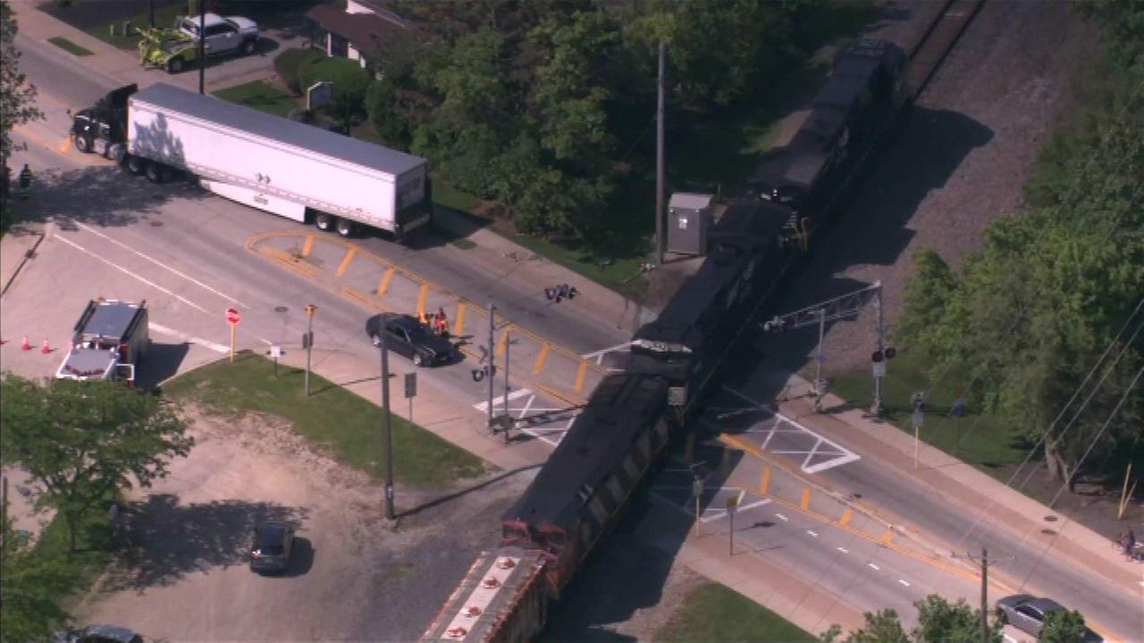 Freight train strikes truck in Barrington, blocks Metra tracks