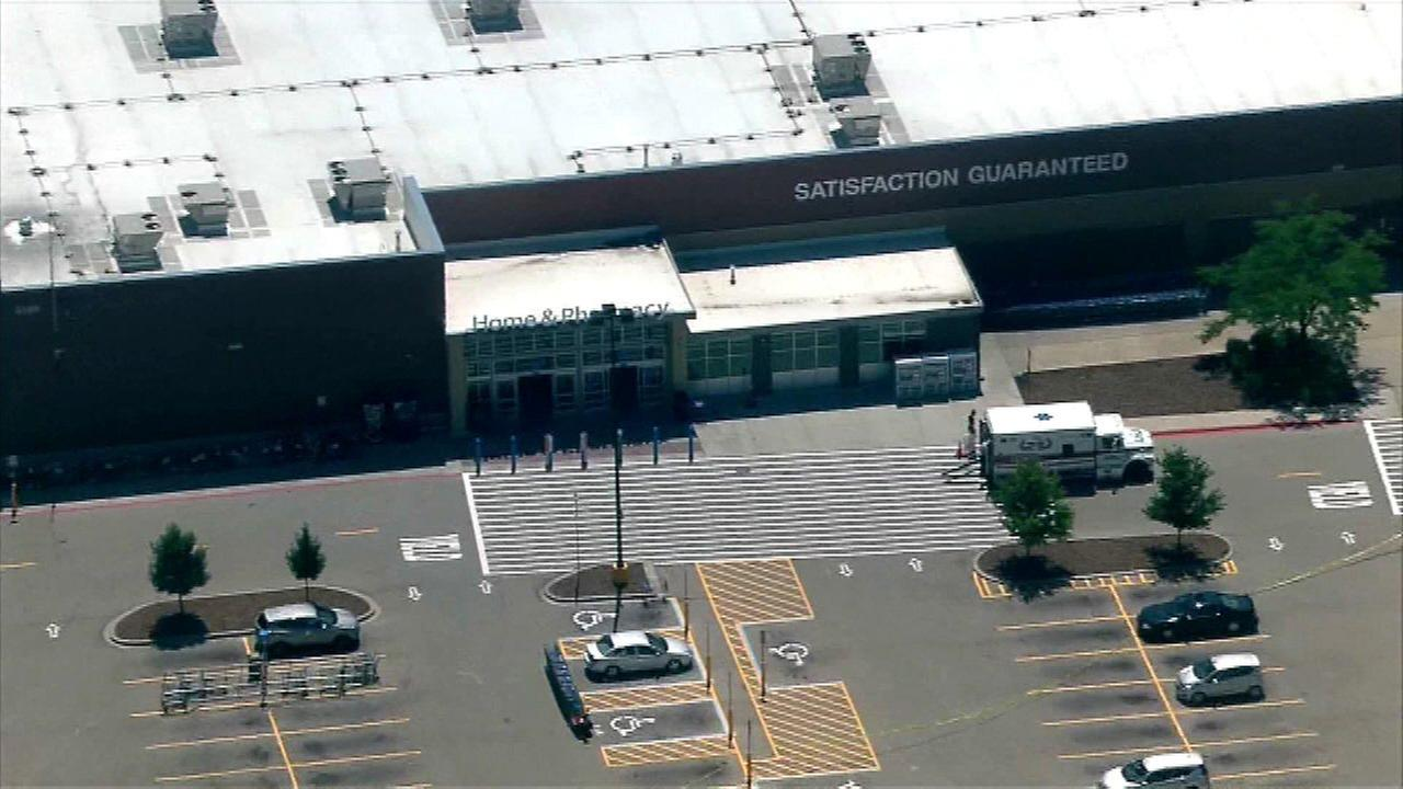 Darien Wal-Mart evacuated over suspicious package